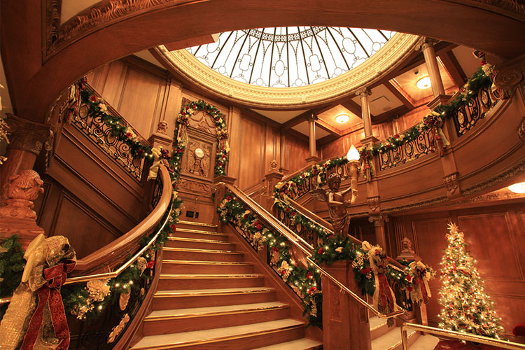 Titanic Museum Attraction Christmas and Winter Celebration