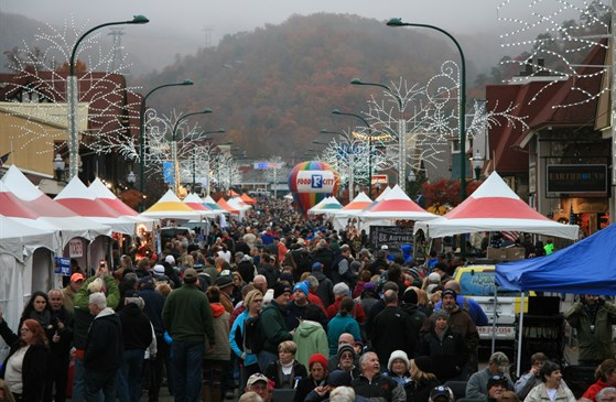 Gatlinburg Winter Magic Kickoff and Chili Cook-off