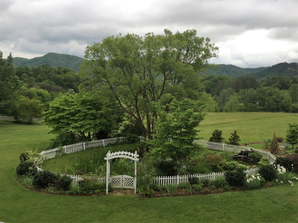garden at Blue Mountain Mist Inn and Cottages