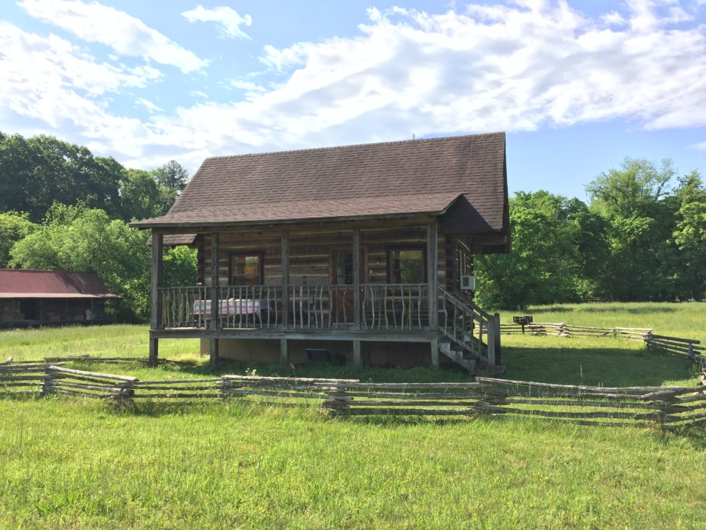 You can escape the hustle and bustle of daily life by renting a cabin in the Smokies